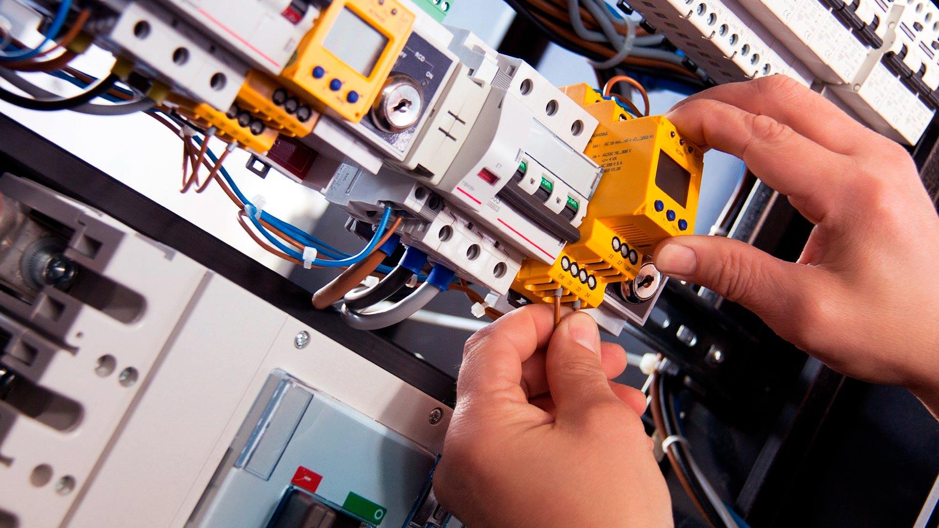 electricista-en-cantabria-barato