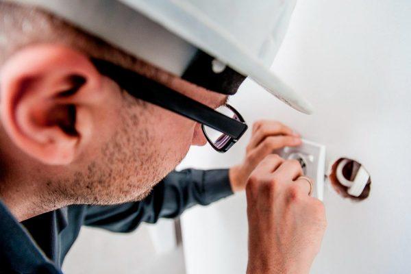 electricista-en-santander